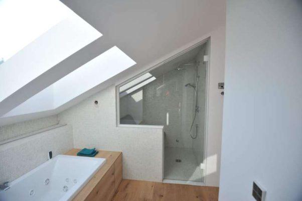 Dampfsauna in Dachschräge bauen