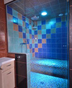 Duschsitz-Dampfdusche